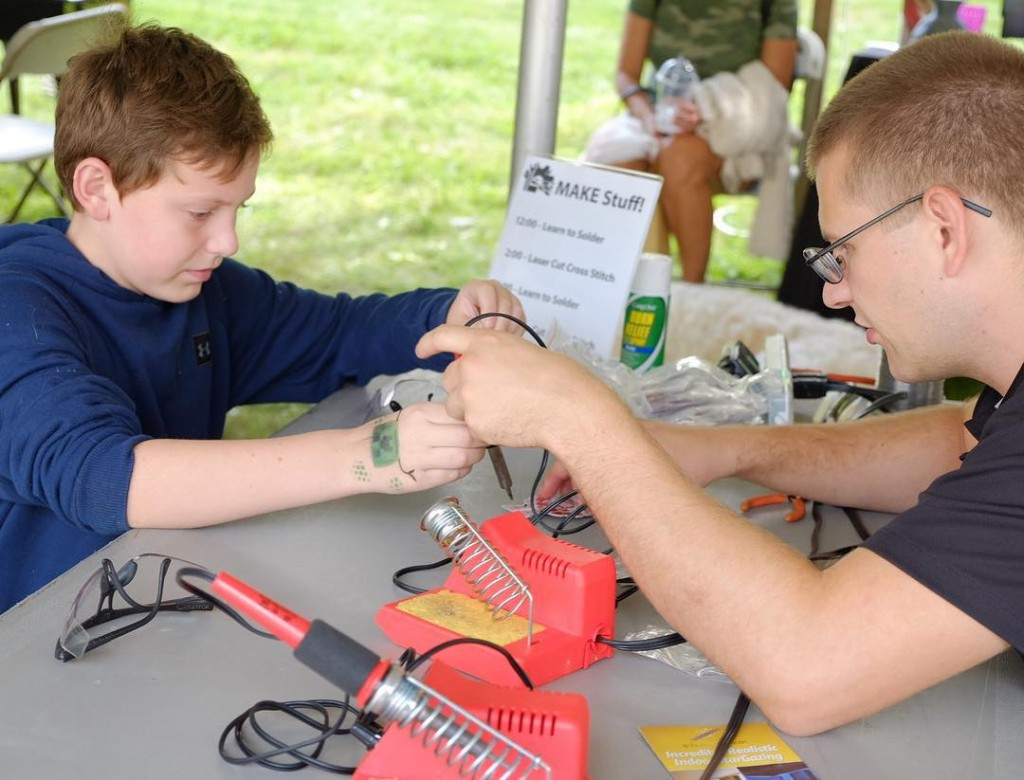 make lehigh valley member teaching a guest to solder